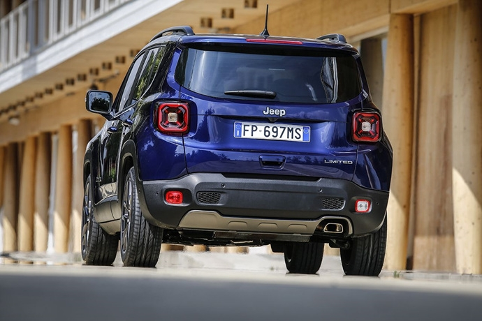 990539897_UkAtqv6H_180620_Jeep_New-Renegade-MY19-Limited_11.jpg