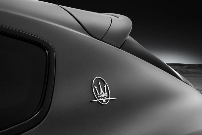 990539897_W8l6CKgQ_Maserati-Levante-Trofeo-16.jpg
