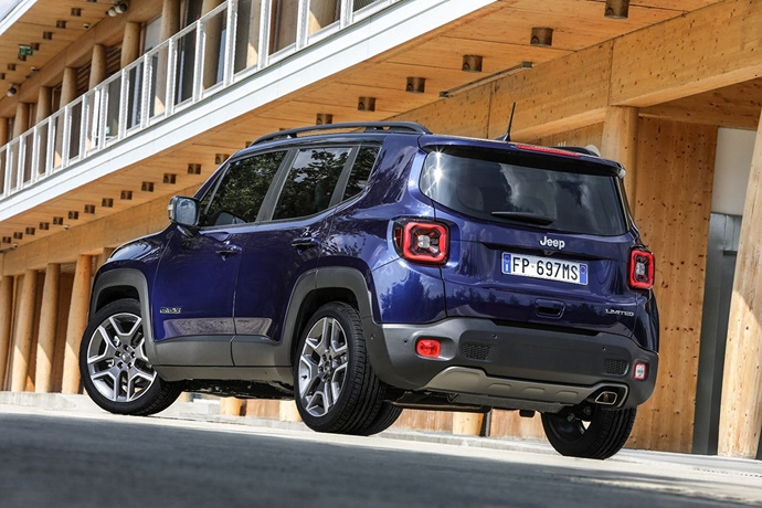 990539897_b4C8FHGN_180620_Jeep_New-Renegade-MY19-Limited_15.jpg