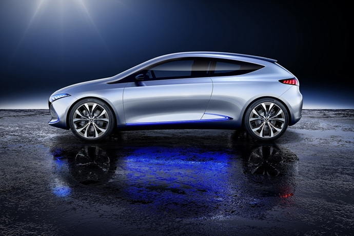 990539897_lKhUXA1Z_mercedes-eqa-concept-unveiled-15.jpg