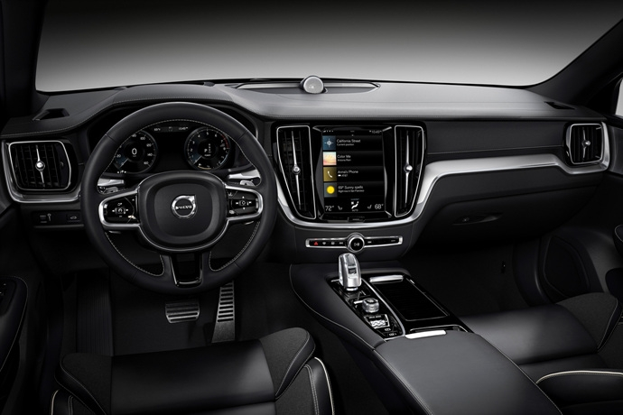 990539897_lL8omwrt_230829_New_Volvo_S60_Polestar_Engineered_interior.jpg