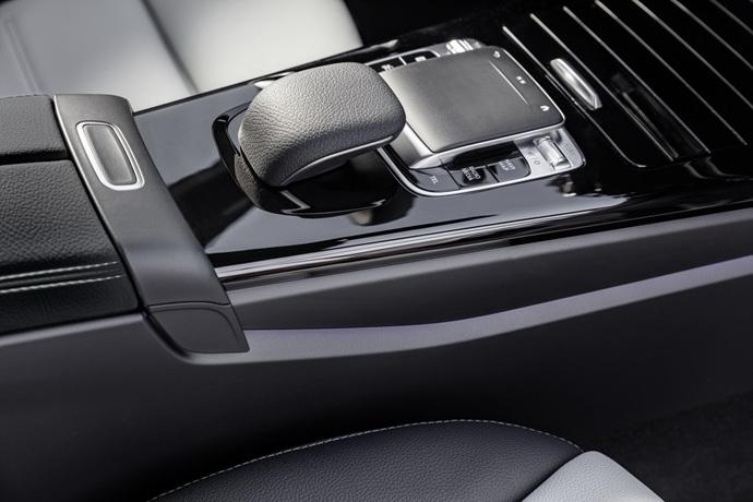 990539897_r0qUOaxZ_2019-Mercedes-Benz-A-Class-Hatch-24.jpg