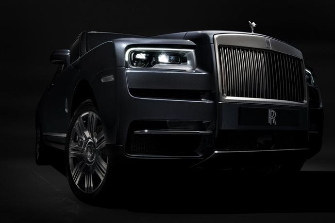 990539897_yQOnwGlP_Rolls-Royce-Cullinan-28.jpg