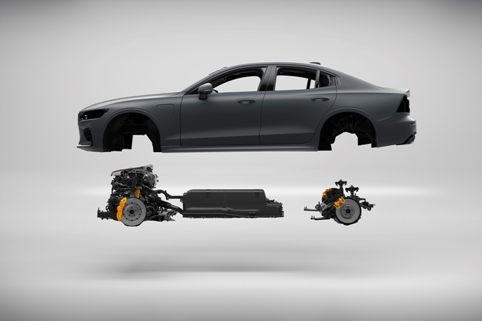 990539897_zxtCBfjN_230827_New_Volvo_S60_Polestar_Engineered_exterior.jpg